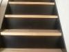 Escalera con Madera y contrahuellas metálicas