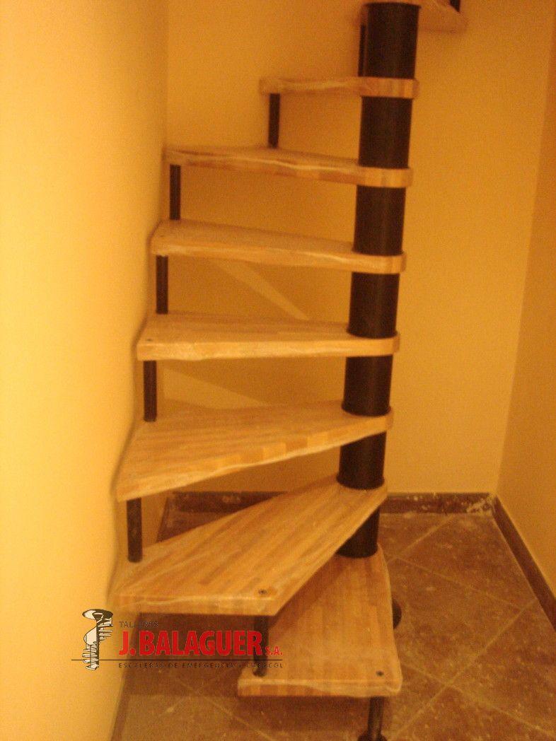 Colecci n del modelo m64 escaleras balaguer for Modelos de escaleras modernas
