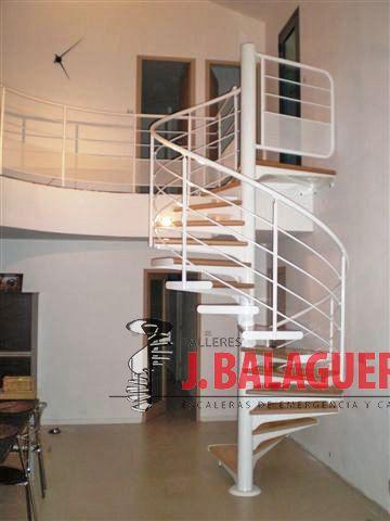 escaleras caracol con madera modelo m barandilla h y pasamano metlico escaleras caracol con madera modelo m barandilla h y pasamano metlico
