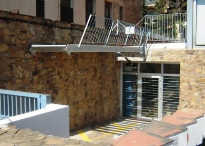 Escalera Basculante.2841m