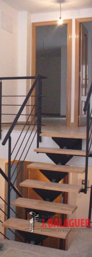 Escalera Zanca Central.2