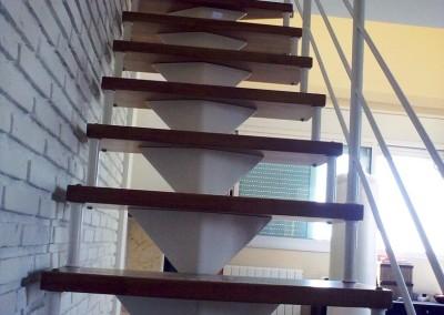 Escalera Modular con peldaños de madera