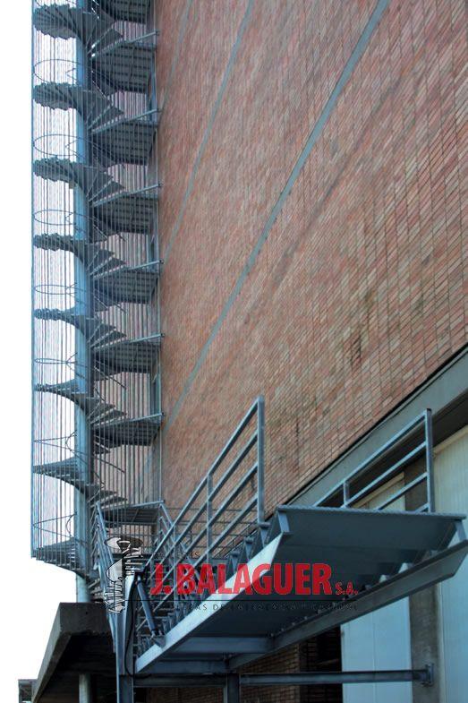 Galeria de escaleras basculantes escaleras balaguer - Escaleras balaguer ...