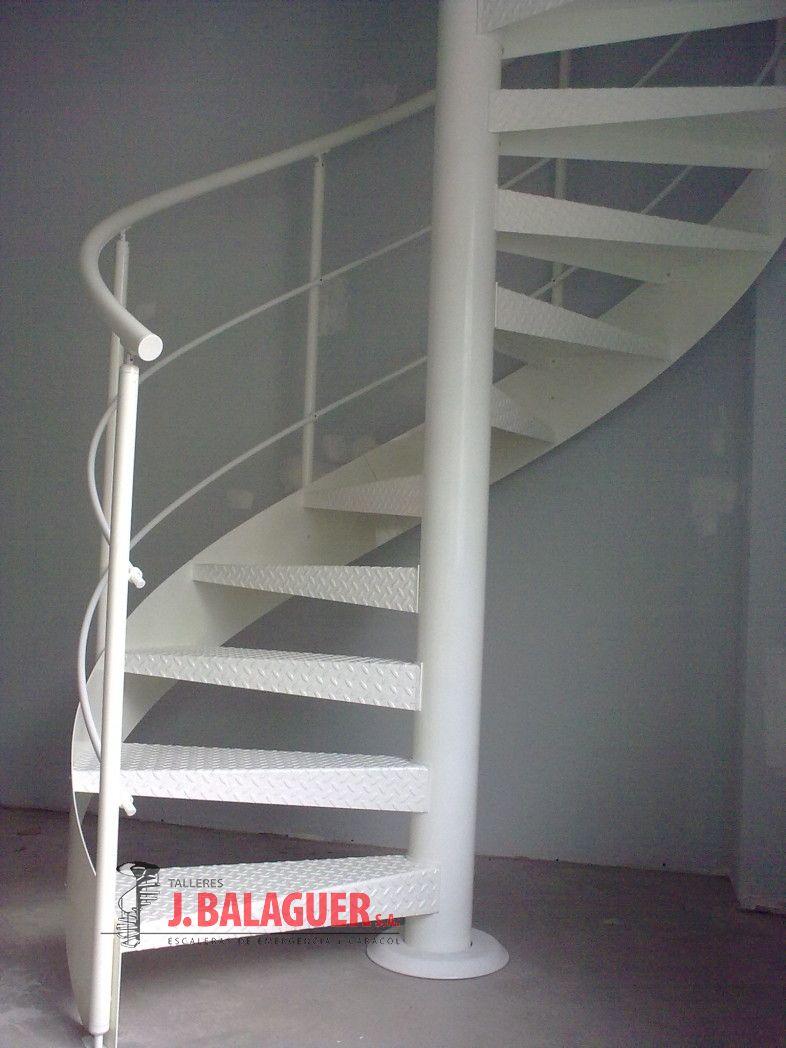 Modelos de pasamanos para escaleras si necesitas comprar for Modelos de escaleras