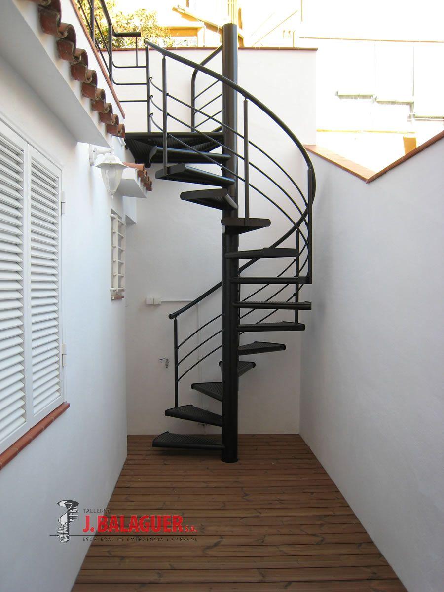 Modelo m4 escaleras balaguer for Escaleras metalicas con madera