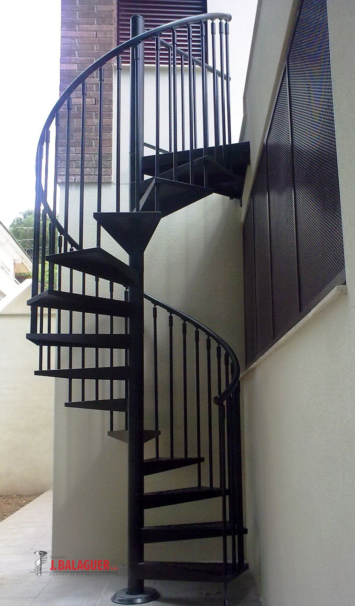 Modelo m7 escaleras balaguer for Escaleras metalicas