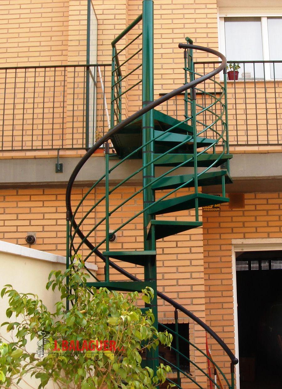 Modelo m7 escaleras balaguer for Escaleras caracol sodimac