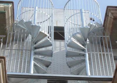 Metal-spiral-stairs- Model M4G