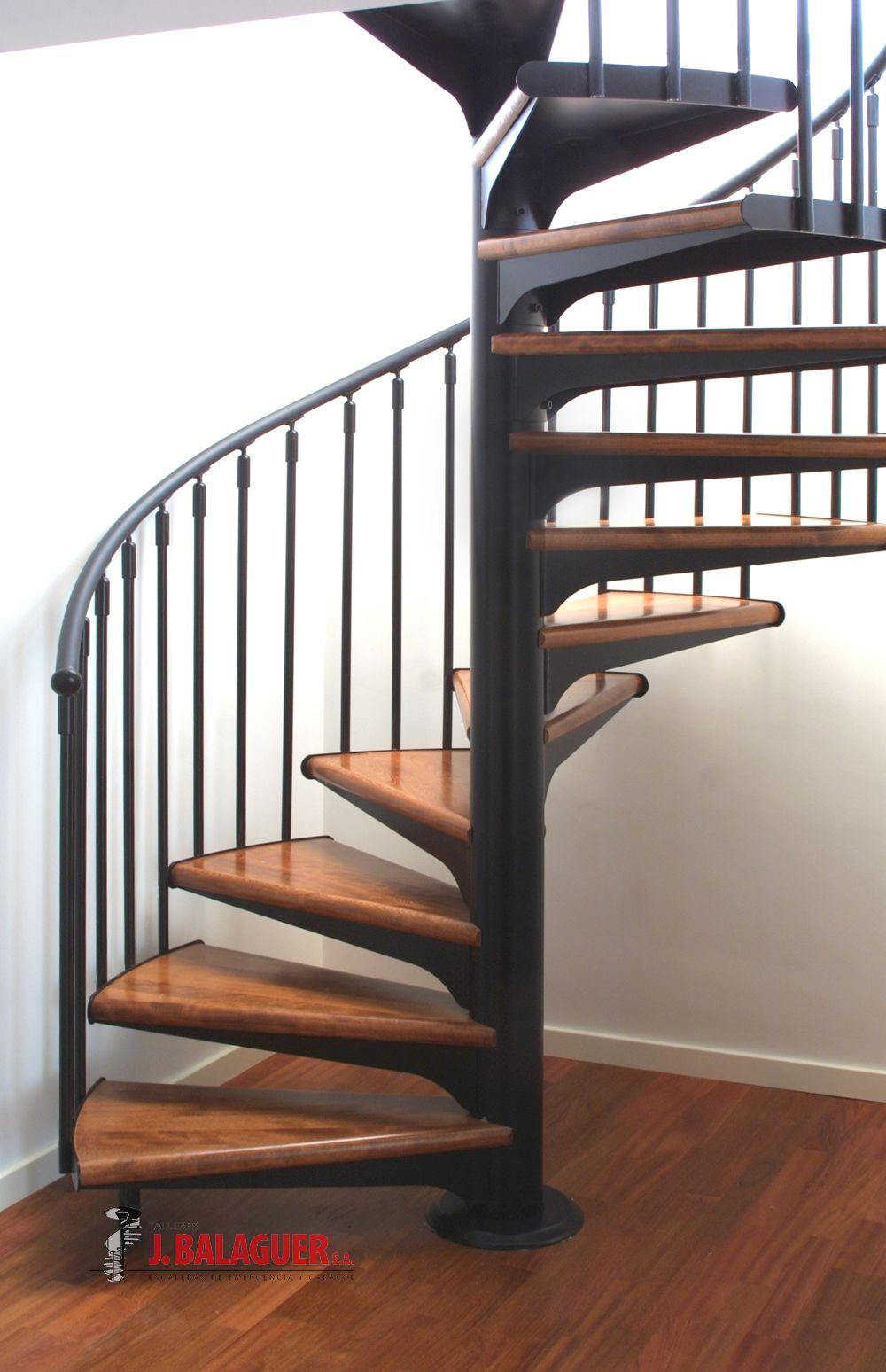 spiraal trappen met houten treden model m1 - Escaleras De Caracol