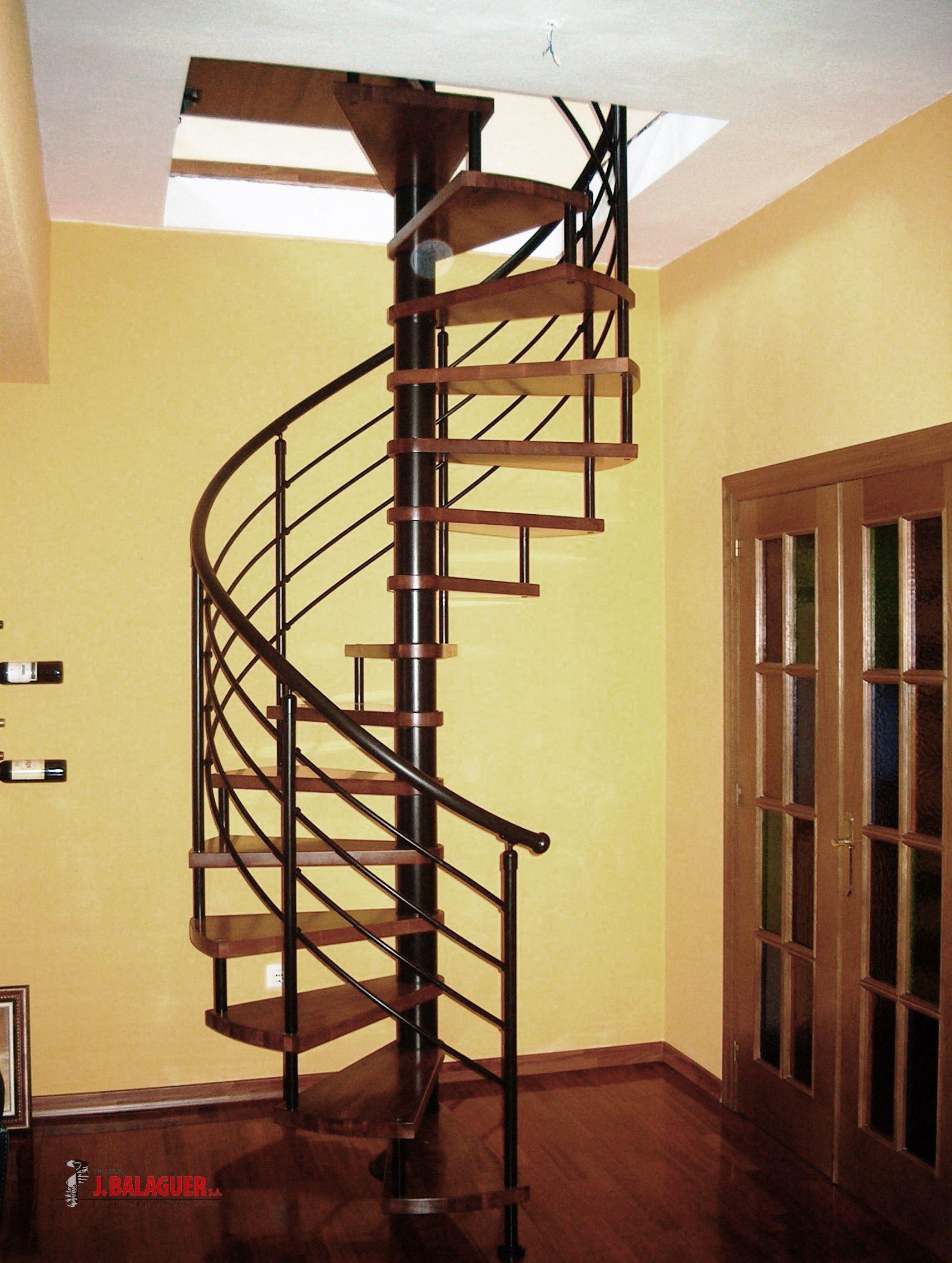 Mod le m6 escaleras balaguer for Modelos de gradas de madera